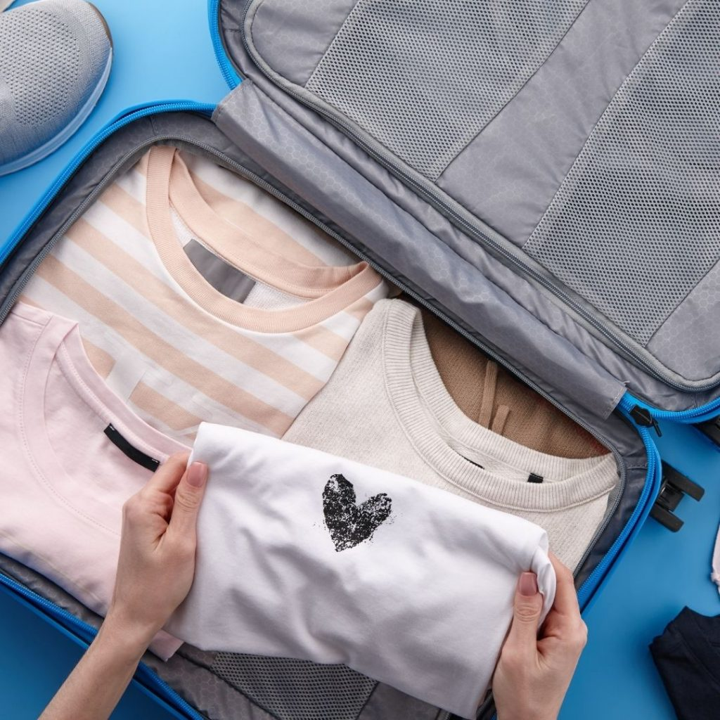 smart packing tips when traveling
